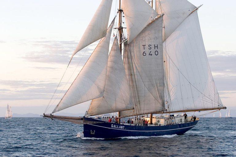 De Gallant tall ship.