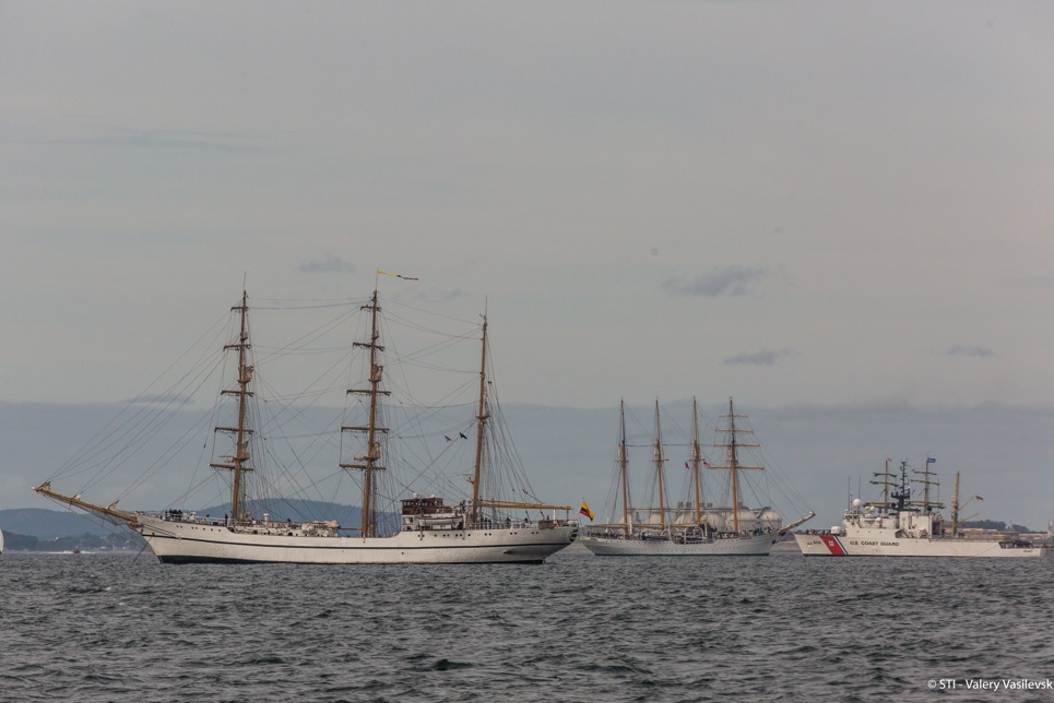 Guayas ( and Union (Peru) in the Grand Parade of Sail Boston.