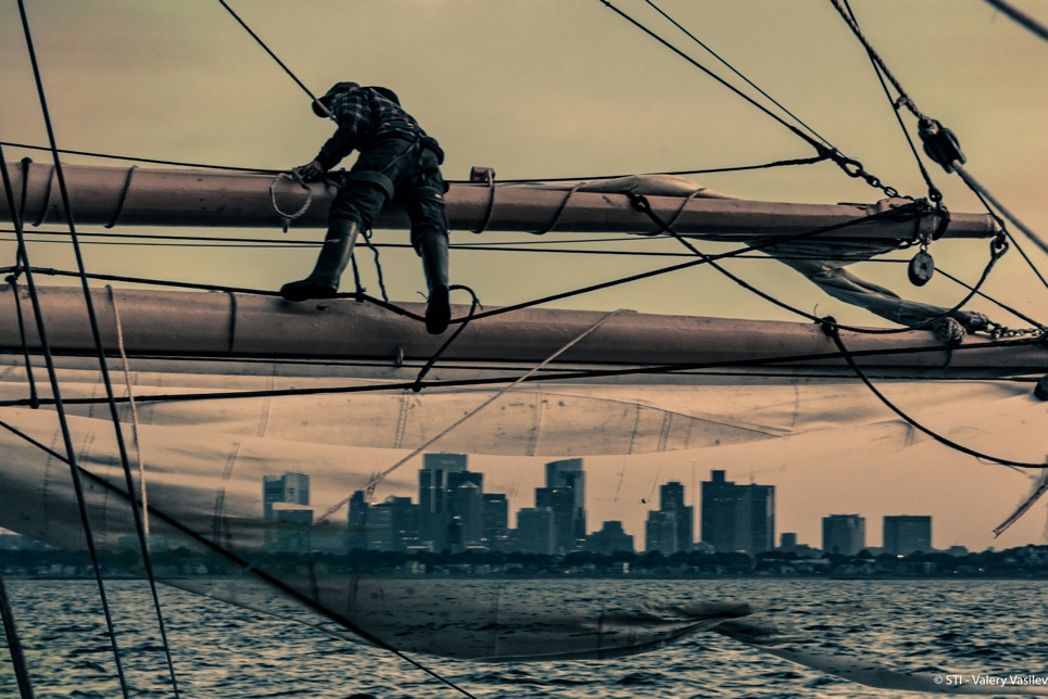 Climbing rigging Sail boston